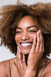 Comment prendre soin de sa peau sèche et sensible